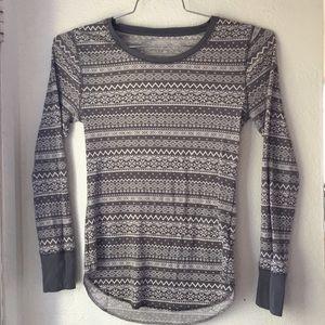 Old navy gray winter thermal shirt